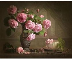 Schilder op nummers vaas met rozen